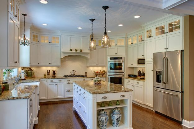 Essential Home Seller Maintenance: Keep Clean Counters