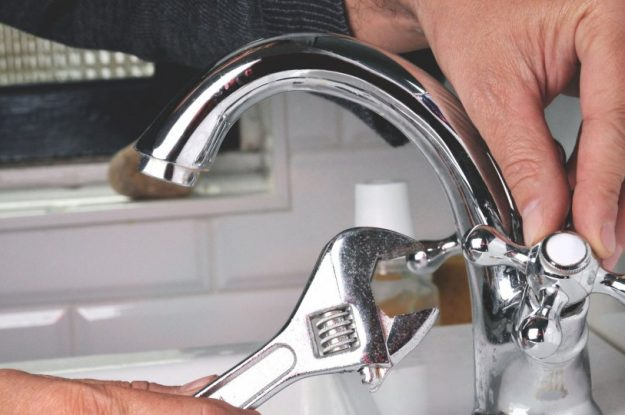 Essential Home Seller Maintenance: Knock Out Small Repairs